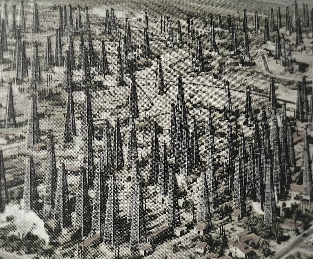 Oil Boom in Los Angeles